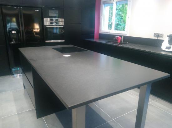 Granit Noir Zim satiné