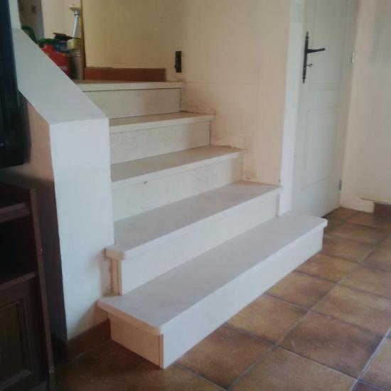 Escalier Mareuil marche saillante