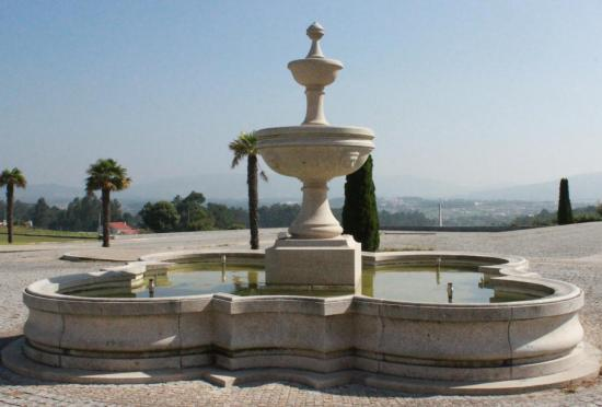 Mobilier urbain, fontaine